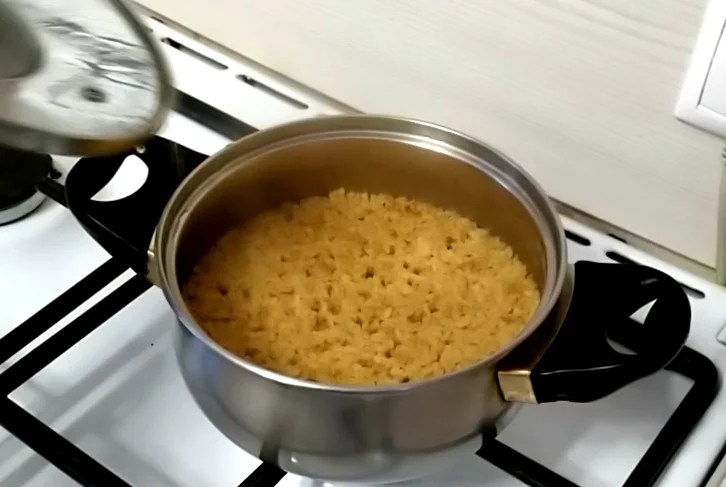 How to cook Bulgur crumbly - 2 ways, proportions