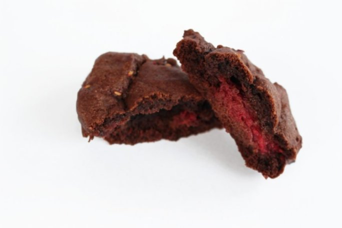 Delicious Double Chocolate Chip Raspberry Cookies {Recipe} 3
