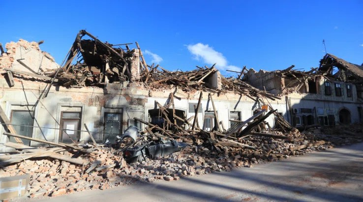 Srušeni objekti u Petrinji