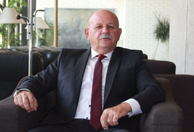 Kutle: Politički razlozi - Avaz, Dnevni avaz, avaz.ba