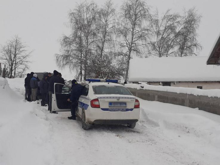 Policija na mjestu zločina: Ranjene tri osobe