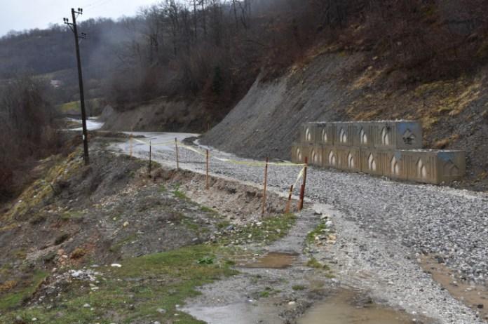 Klizište na putu koji povezuje BiH i Crnu Goru