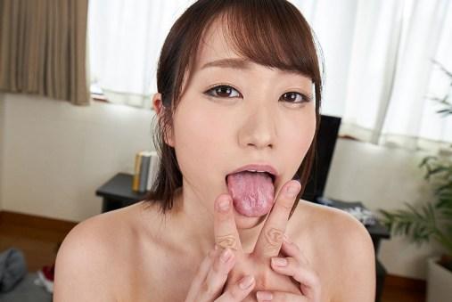 【VR】性欲に歯止めの効かない巨乳お姉さんの淫乱性交 若宮穂乃