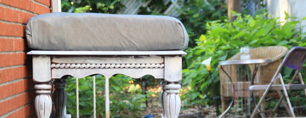 Admirable How To Make Outdoor Waterproof Cushions A V Does What Download Free Architecture Designs Xoliawazosbritishbridgeorg