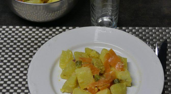 Kartoffelsalat ou Salade de pommes de terre au saumon fumé ou truite fumée (possible au cookéo)