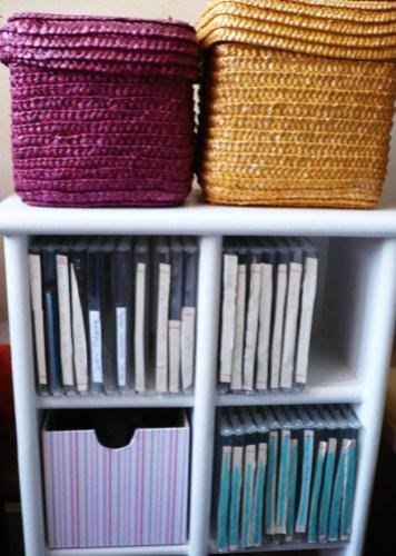tiroir pour meuble cd pour ranger mes tampons avec deux z. Black Bedroom Furniture Sets. Home Design Ideas