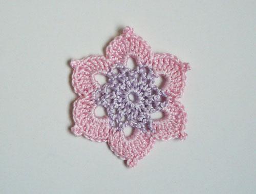 mini napperon étoile pastel