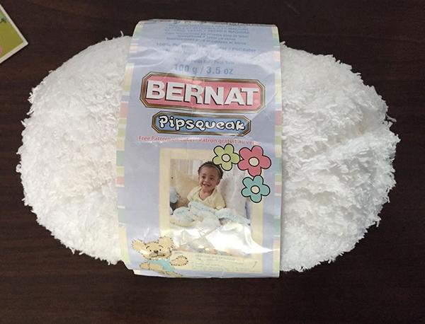 Bernat-Pipsqueak blanc petit