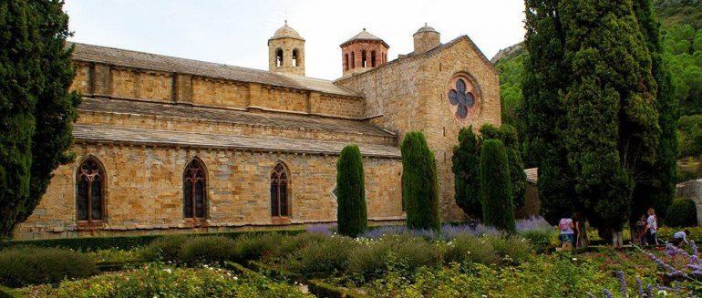 Abadía de Fontfroide, la precursora del monasterio de Poblet