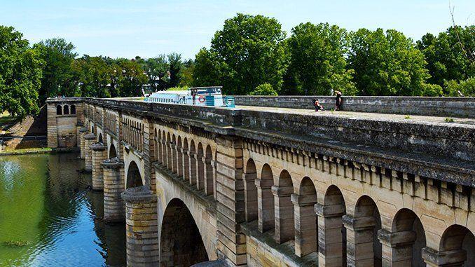 Puente-Canal del Orb, en Béziers