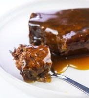 sticky toffee pudding vegano