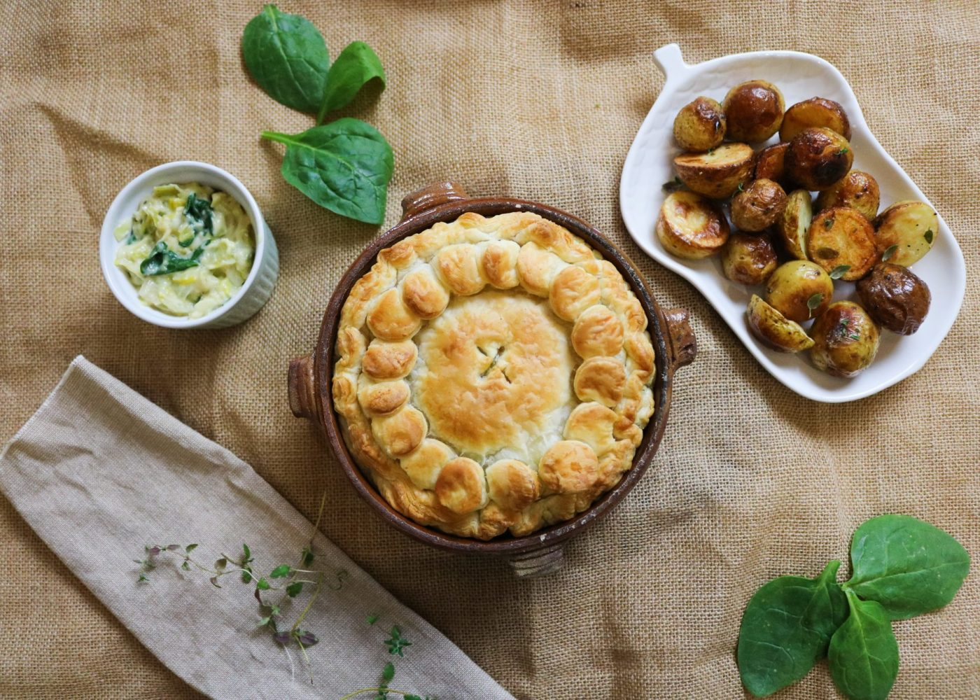 Plantbased Cheese, Leek and Spinach Pie with Roasted Potatoes