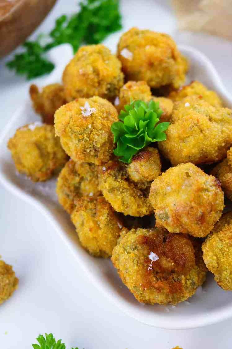 Vegan Garlic Mushrooms with Air Fryer close up