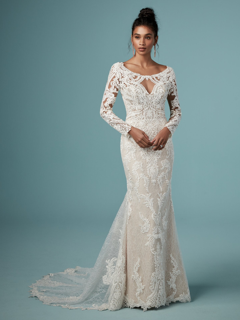 Long lace sleeves