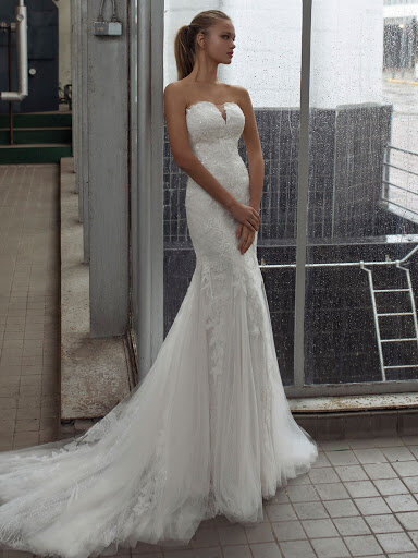 sparkling fitted wedding dress