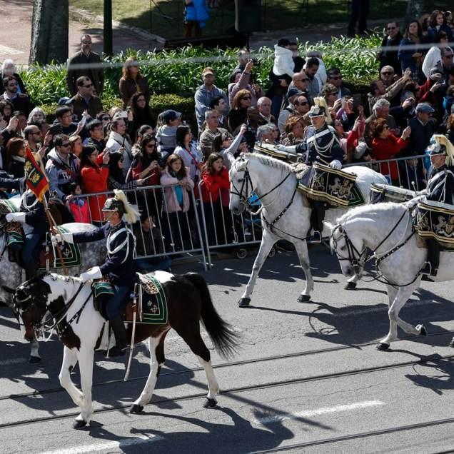 Lisboa,11/03/2016 - O Presidente da República, Marcelo Rebelo de Sousa, abriu as portas do Palácio de Belém à população que o quisesse visitar. Manobras de render da Guarda (Filipe Amorim/Global Imagens)