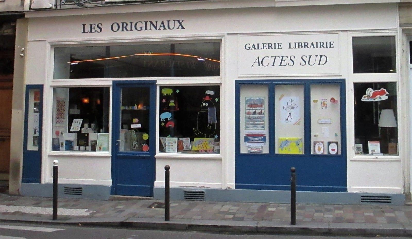 16bc96321e724 .com, era o nome de uma loja na Rue Jacob por onde passei hoje à tarde. A  loja estava para alugar. Provavelmente o negócio de realizar o sonho de  quem quer ...