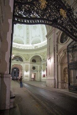 viena-noche-puerta-fotografo
