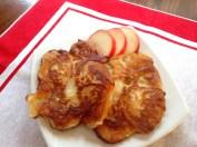 racuchy - tortitas con melocotones