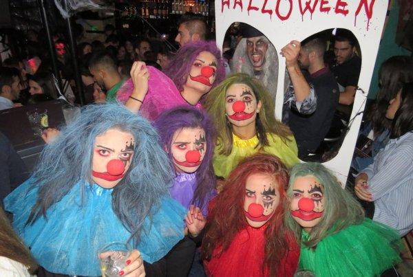 Halloween Pub Area 2017