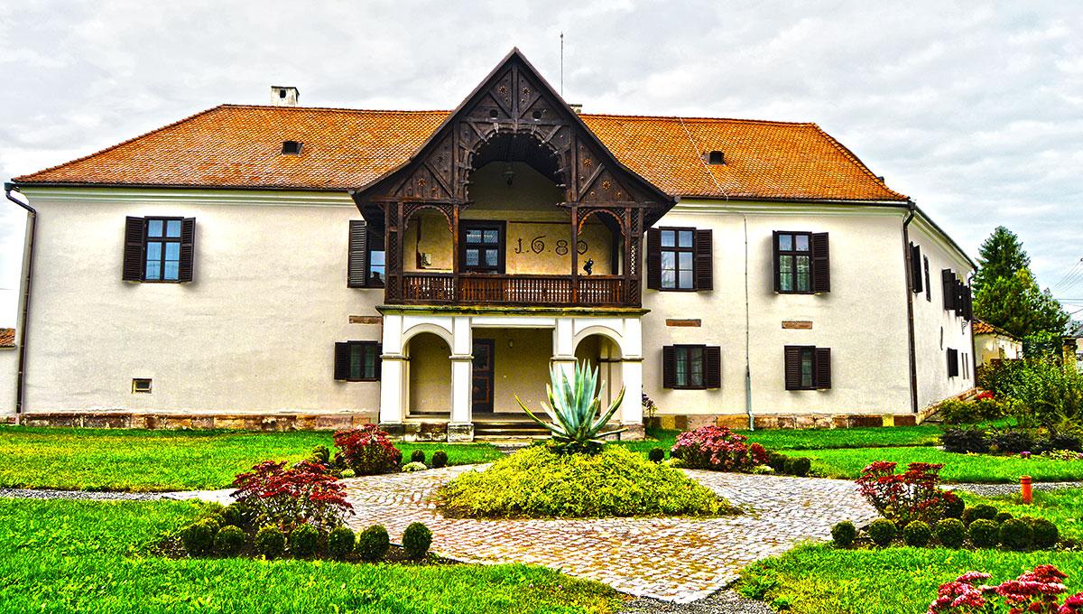 castel-daniel