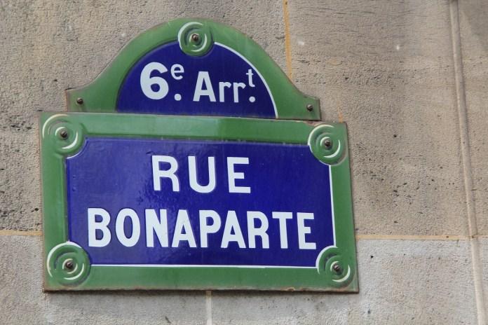 paris-416075_1280