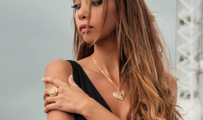 Anastazio Kotsopoulos jewelryAnastazio Kotsopoulos jewelry - Shoot 4 london look 13 -128-cr