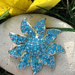Vintage blue starfish brooch rhinestone jewelry