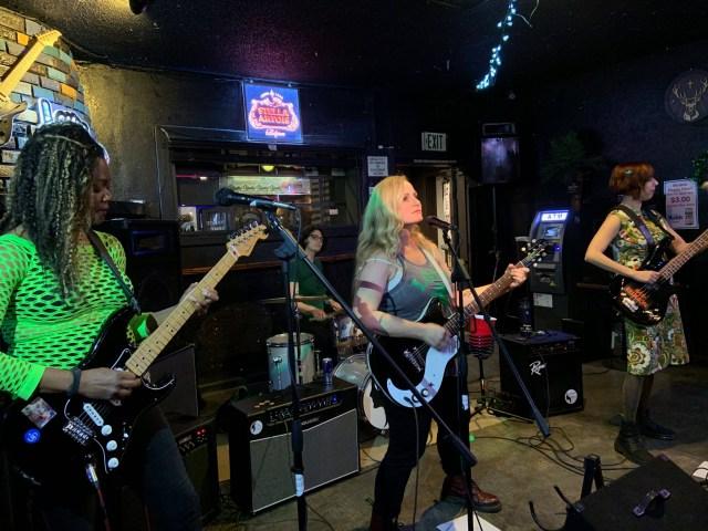 Serious band