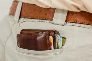 wallet-cash-credit-card-pocket