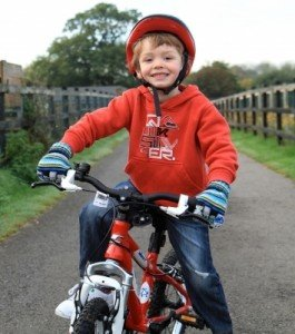 addison lee - cycling safety - boy on bike