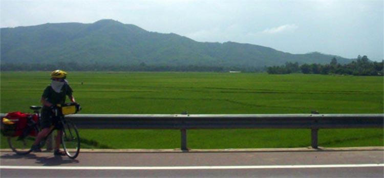 Think outside the box - How about a bike honeymoon in Vietnam? - fun bike honeymoons