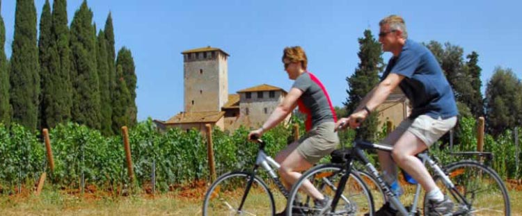 Cycling in Tuscany - can you think of a better honeymoon? Fun bike honeymoons