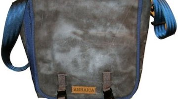 Anhaica Bagworks Messenger Bag and Pannier Hybrid – A Mrs. Average Joe Cyclist Product Review