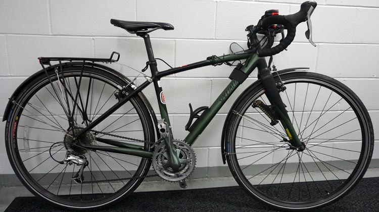 c3e87aeca5c Here's a perfectly set up commuter bike. Unfortunately, this is my own  Specialized TriCross, which will never be for sale. However, similar bikes  can be ...
