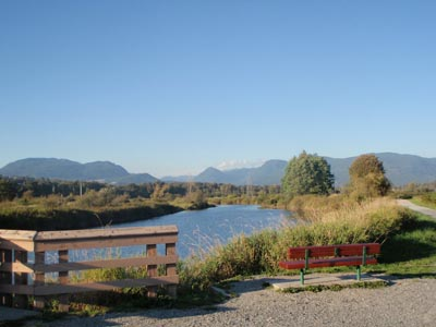 There are many inviting picnic stops along the Poco Trail