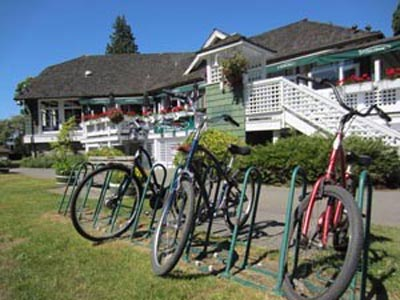 The Fish House Restaurant next to the Stanley Park Seawall Bike Trail