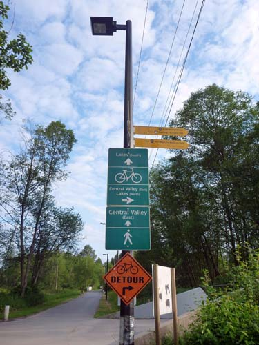 There is very good signage along the Central Valley Greenway route (CVG) in Metro Vancouver - Guide