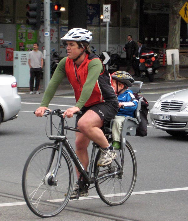 Melbourne father braves the non-separated bike lanes