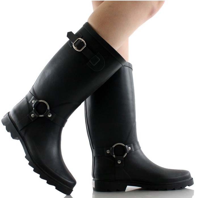 West Blvd Rubber Boots are stylish AND waterproof