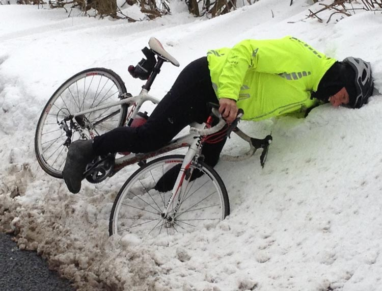 If all else fails: if you find yourself losing control, aim for a snow bank – it will be a softer landing than a car. Safe winter cycling