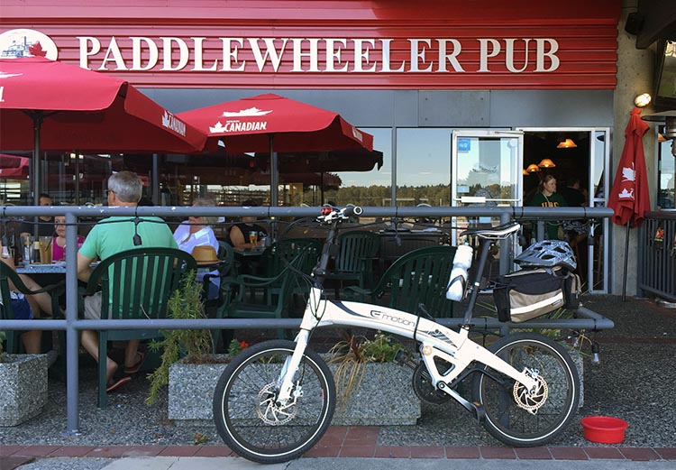Take a break at the Paddlewheeler Pub,where you can relax and have a drink or a meal on the patio, with your bike locked up where you can see it. New Westminster cycling