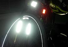 How to use bike reflectors to be more visible