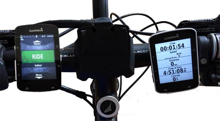 The Garmin Edge 820 (left) and the Garmin Edge 520 (right) are exactly the same size. Both of them took up very little space on my handlebars