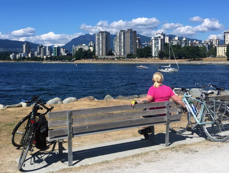 Vancouver Cycling - Great Bike Rides in and Near Vancouver, Canada. Stop and enjoy the view on the Seaside Bike Route!