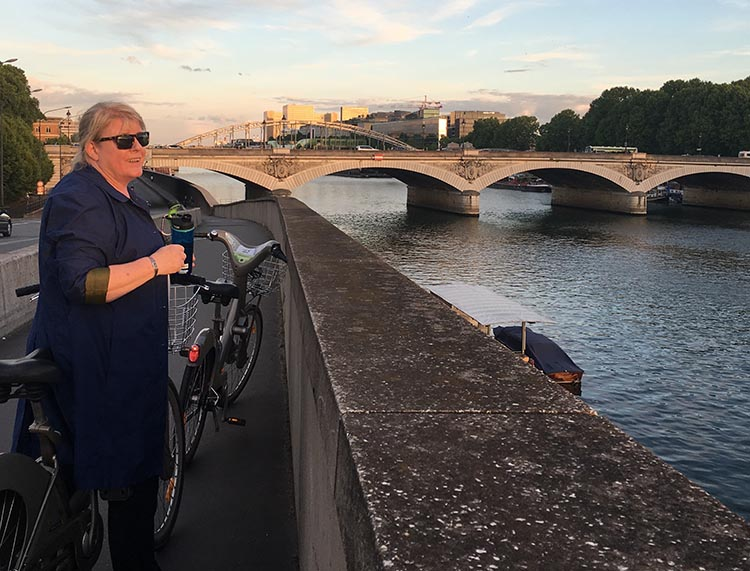 Exploring a city by bike will enable you to see things you would never usually see. For example, one evening we cycled home from dinner on our Velib bikes. Our route took us along the Seine, where we saw a beautiful sunset over the river. How to Use a Velib Bike in Paris