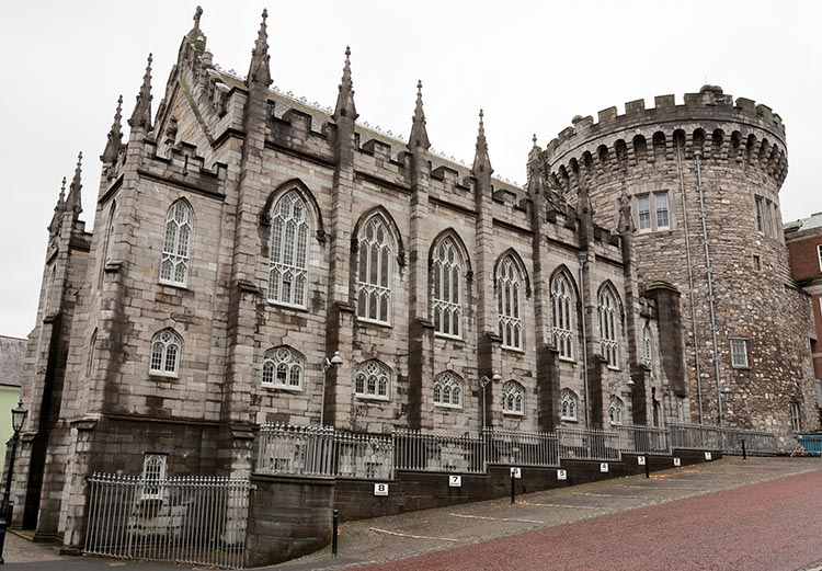 Dublin Castle, once the center of British rule in Ireland, now houses a museum with a large collection of fine works. Cycling in Dublin
