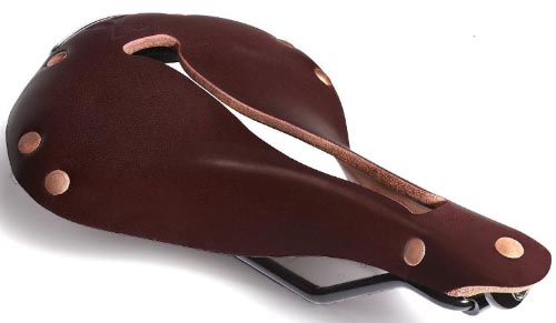 How to set up a commuter bike. For a made-in-America option, the famous Selle Anatomica saddles combine quality leather materials with anatomical science to bring you a super comfortable saddle. How to Choose a Comfortable Bike Saddle