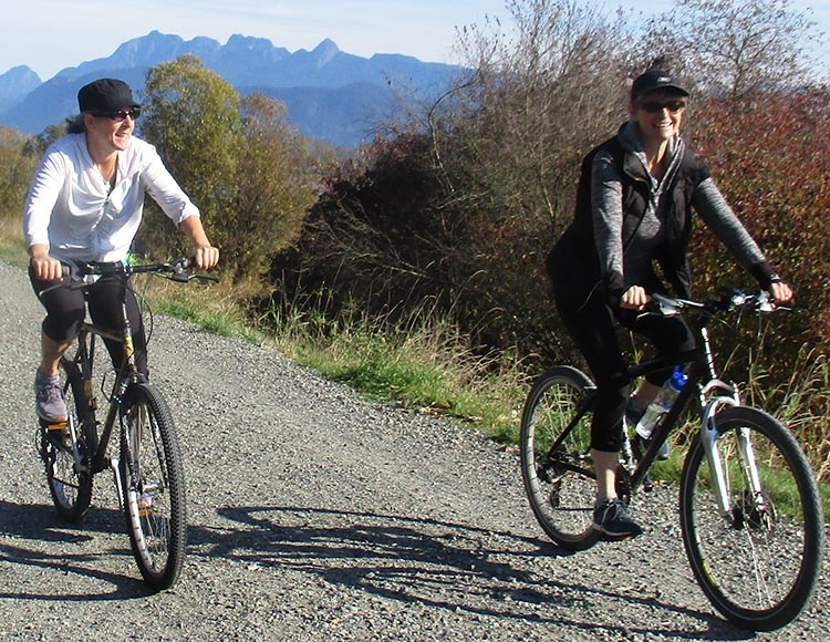 Port Coquitlam Cycling - Great Bike Rides in and Near Vancouver, Canada. The wonderful Traboulay PoCo Trail in Port Coquitlam provides a day's worth of fun and exercise
