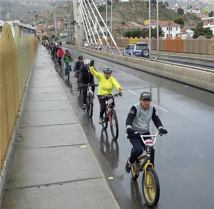 Cycling and the Post-Covid Transformation. Photo credit Masa Crítica-La Paz